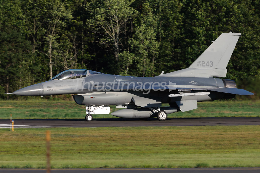 General Dynamics F-16C Fighting Falcon (401) 87-0243 (cn 5C-504)